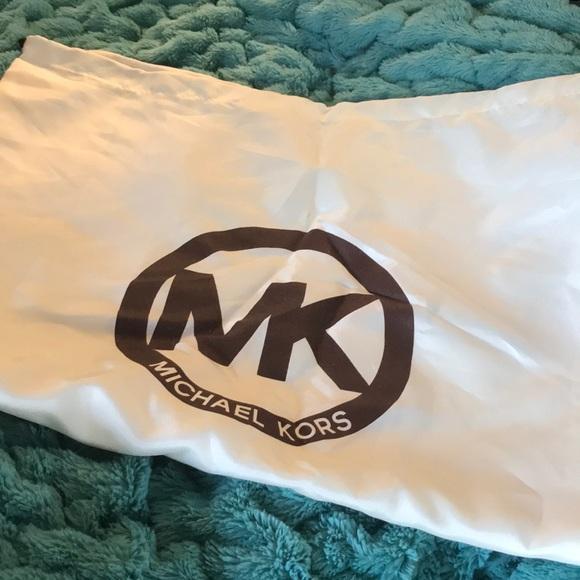 Michael Kors slip for handbags